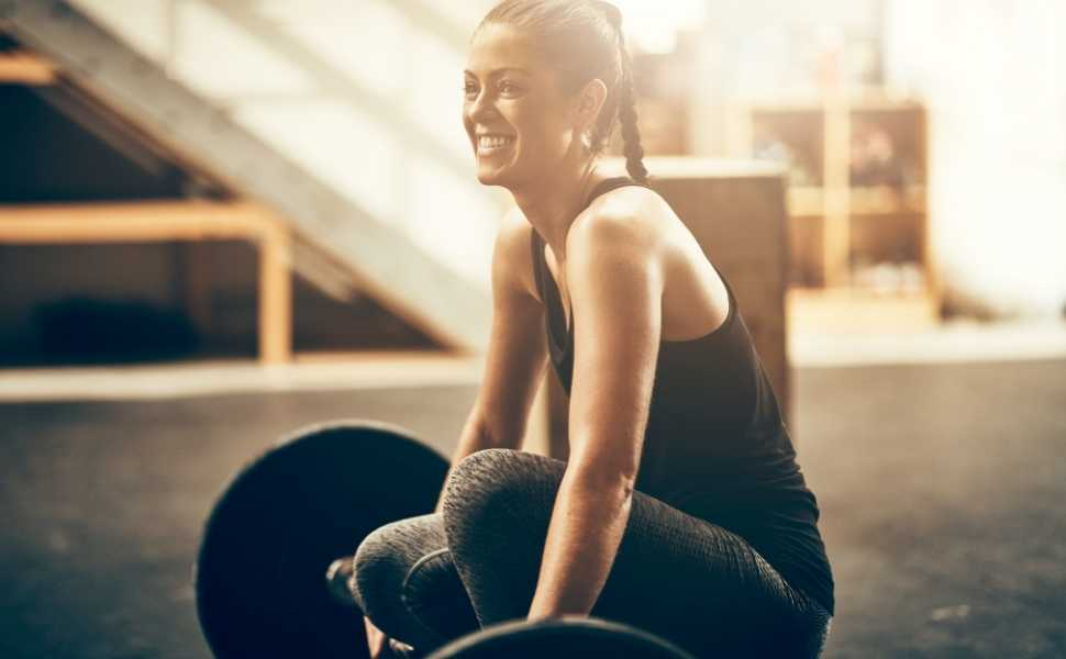 How to Get Really Strong With Weight Lifting